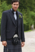 grey-kilt-for-wedding