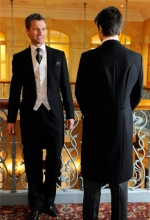 black-suits-for-weddings